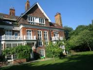 4 bedroom Flat to rent in Longfield House...