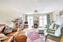 4 bed house in Topiary Square, Richmond...