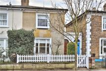2 bed semi detached house in Sheendale Road, Richmond...