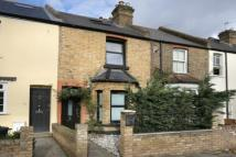 3 bed Terraced home for sale in Lower Mortlake Road...