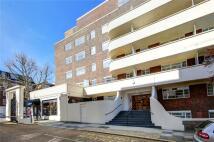 Flat to rent in Lichfield Court...