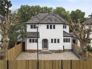 4 bed Detached house in Broom Road, Teddington...