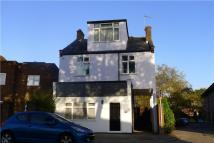 Flat to rent in Waldegrave Road...