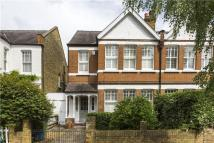 4 bed house in Langham Road, Teddington...