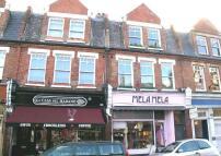 Flat in High Street, Teddington...