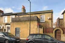 2 bedroom End of Terrace house for sale in Darrell Road...