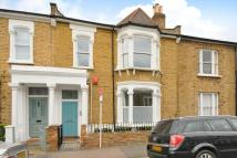 Flat for sale in Hinckley Road...