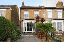 4 bed semi detached home in Upland Road, East Dulwich