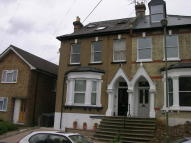 Flat in Warwick Road, New Barnet...