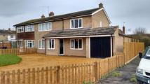 4 bed semi detached home in Hale Close, Melbourn...