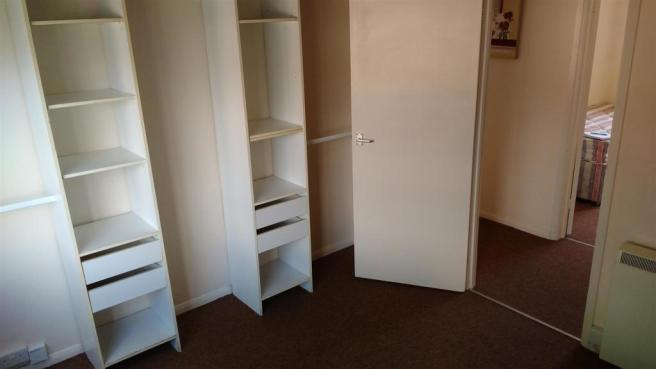 bedroom 1 storage.jp