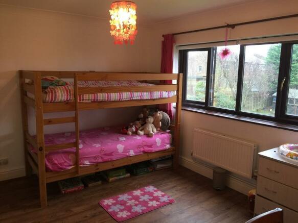 bedoom bunk beds.JPG