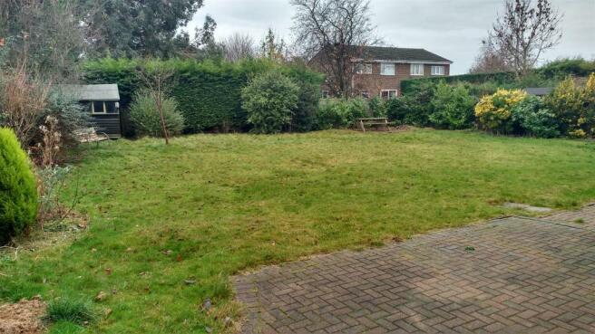 garden 2 dec.jpg