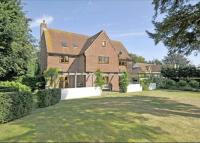 6 bed Detached house for sale in Swan Road, Pewsey...