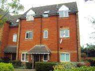 Ground Flat to rent in Foxglove Road...