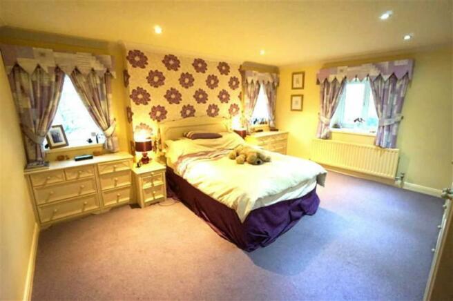 Master Bedroom (No 3