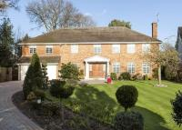 6 bedroom Detached home for sale in Earleswood, Cobham...