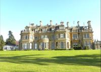 4 bed Flat in The Mansion, Cobham Park...