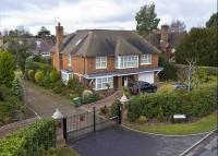 property to rent in Fairmile Lane, Cobham, KT11