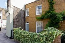2 bed End of Terrace house for sale in King Henrys Walk, London...