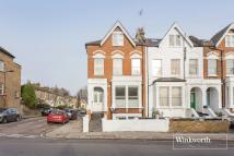Flat in Endymion Road...