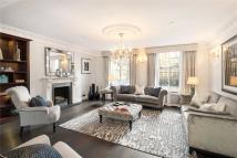 4 bed home in Seymour Walk, Chelsea...