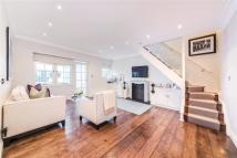 2 bed home in Hollywood Mews, Chelsea...