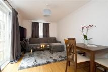 2 bed Flat for sale in Cremorne Road, Chelsea...