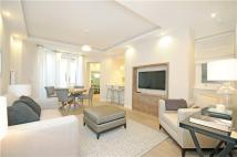 2 bed Flat for sale in Elm Park Gardens...