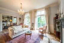 Kensington Mansions Flat for sale