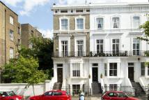 2 bedroom Maisonette for sale in Fawcett Street, Chelsea...