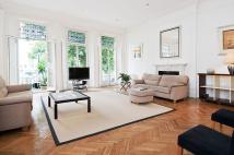 Flat to rent in Queens Gate, London, SW7