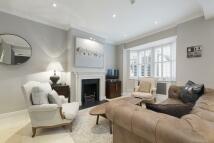 3 bedroom Mews in Holly Mews, Chelsea, SW10
