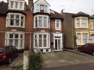 Flat to rent in Cromer Road...