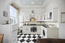 Flat for sale in Ladbroke Grove, W11