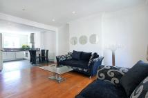 Flat in Garway Road, W2