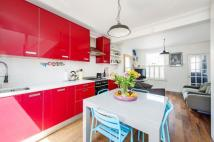2 bed Terraced property in Nutbourne Street, W10