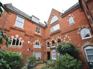2 bedroom Flat in Scholars Court...