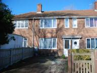 2 bed house in Ducketts Close  ...