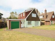 6 bedroom house in Ebbisham Drive, Eaton...