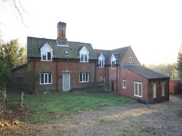 4 Bedroom House To Rent In Great Hautbois Road Coltishall
