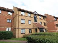 Flat to rent in Scott Road, Thorpe Park...