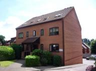 1 bedroom Flat to rent in Roseville Close  ...