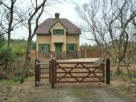 3 bed Detached property in Sandfield Farmhouse...