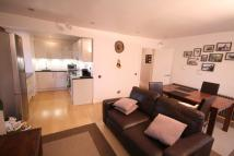 Flat to rent in Wallace road Islington