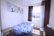 Flat to rent in Offord road, Islington