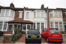 3 bed Apartment to rent in Holland Road...