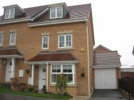 4 bed semi detached home in Middlepeak Way...