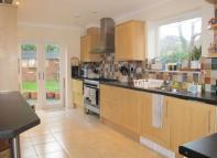 5 bedroom Detached property to rent in * STUNNING FIVE BEDROOM...