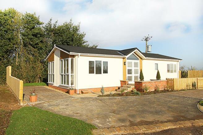 2 Bedroom Mobile Home For Sale In Bramley New Park Marsh